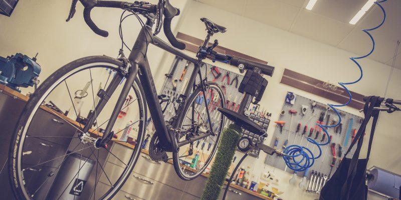 10 attrezzi essenziali per la manutenzione della tua bicicletta